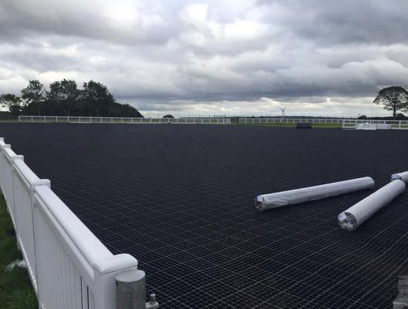 How Can Horse Paddock Grid System Help with Mud Management?