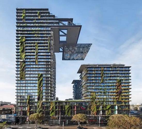 Patrick Blanc & His Vertical Garden Designs